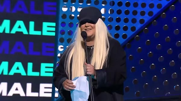 Tones And I Is Awarded With 'Best Female Artist' At The ARIA Awards
